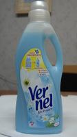 Ополаскиватель для белья VERNEL BLU OXYGEN от Henkel 1,5Л.(Италия)